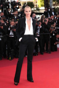 """CANNES, FRANCE - MAY 20: Actress Charlize Theron attends """"The Last Face"""" Premiere during the 69th annual Cannes Film Festival at the Palais des Festivals on May 20, 2016 in Cannes, France. (Photo by Gisela Schober/Getty Images)"""