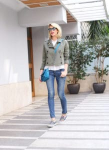Outfit Alessia Marcuzzi 1 Jeans 08016