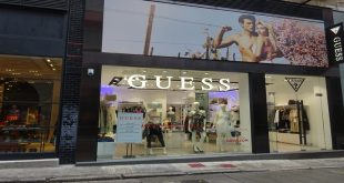 beauty-case-donna-guess-2019